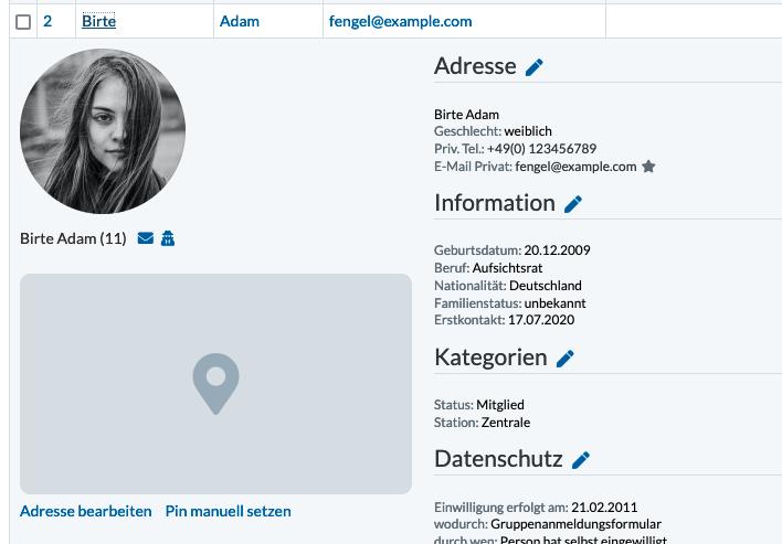 Screenshot: Personen Detailansicht mit Platzhalter für einen Karten-Pin